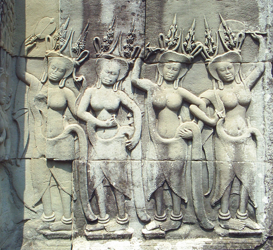 devatas-female-guardian-angels-are-characteristic-of-the-angkor-wat-style